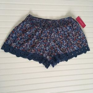 Floral and Lace blue shorts